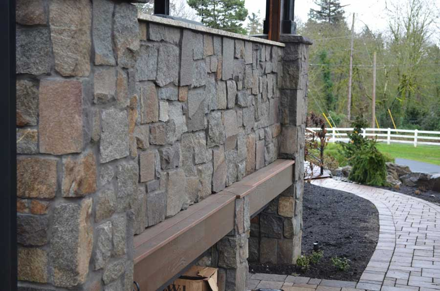 wood and stone patio with walls and columns 2