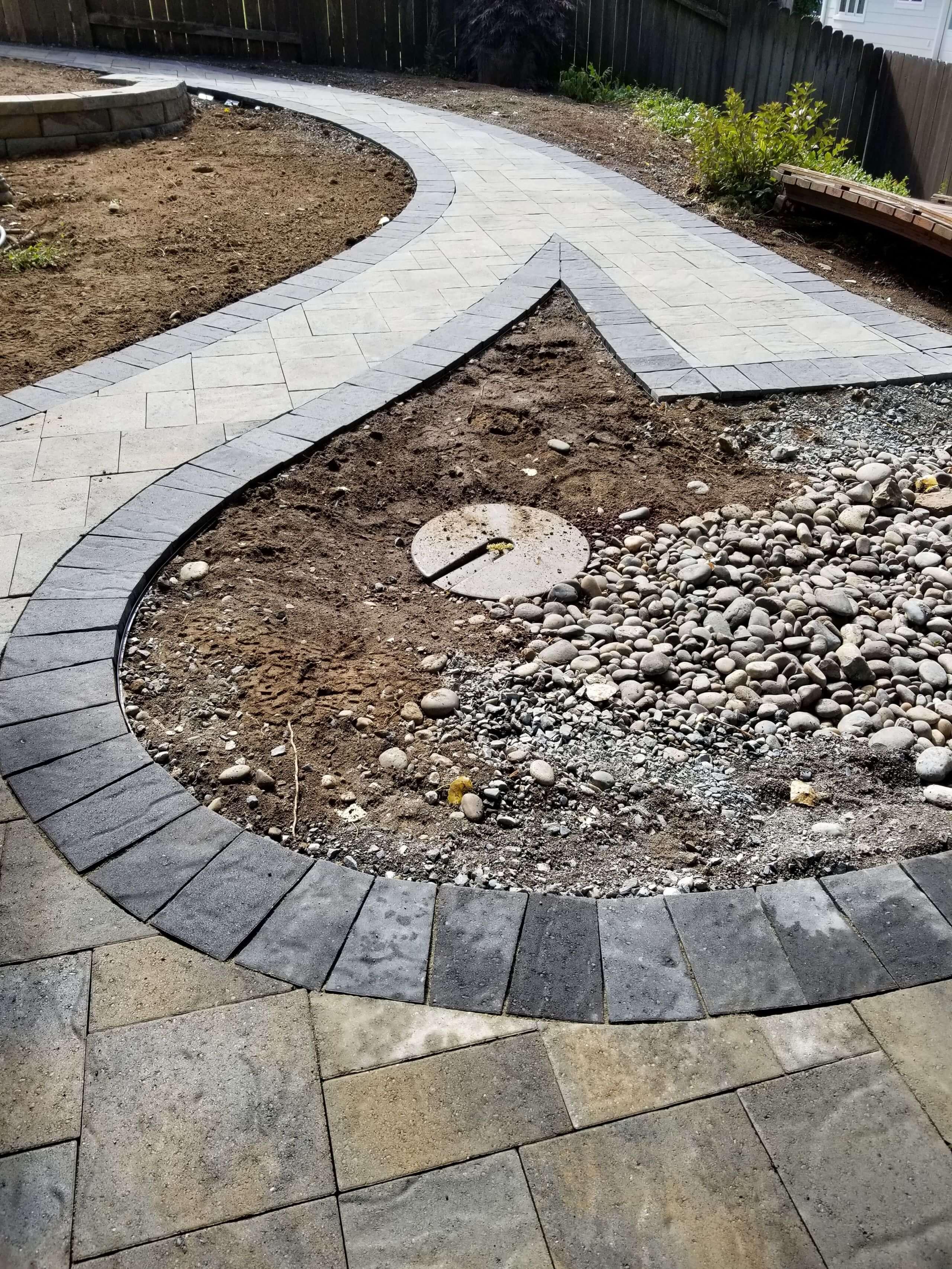 https://shovelandthumb.sfo3.digitaloceanspaces.com/patios walkways/walkway 13