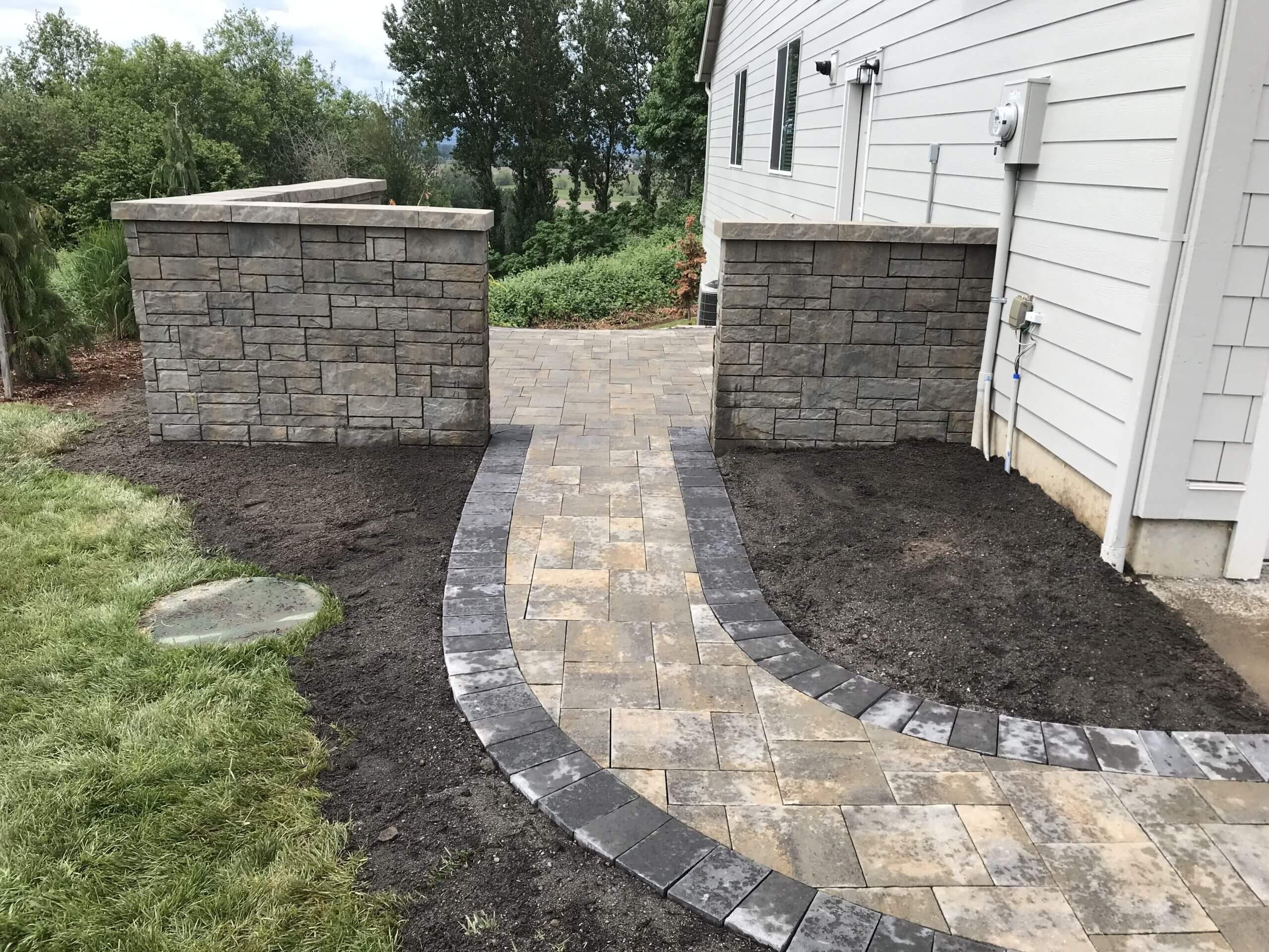 https://shovelandthumb.sfo3.digitaloceanspaces.com/garden walls/garden wall 5